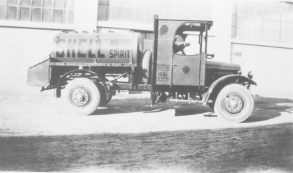Shell Motor Spirit painted truck
